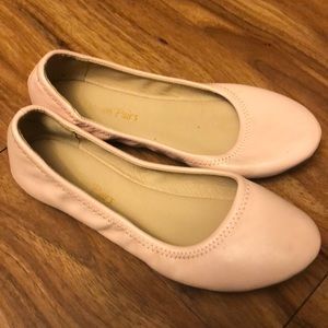 Dream pairs slipper shoes size 6